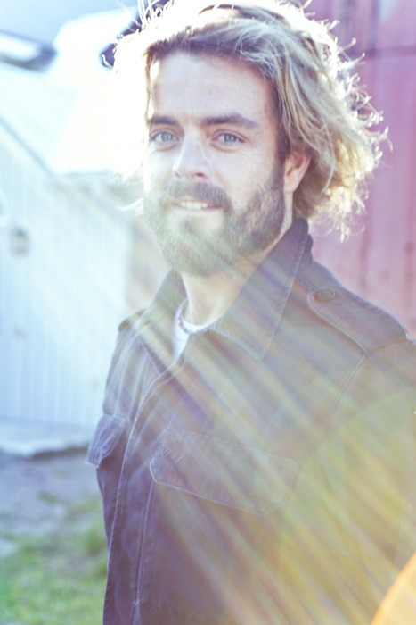 Xavier Rudd: Still sexy, still on for tonight