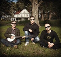 Yonder Mountain String Band plays Stage AE North Shore