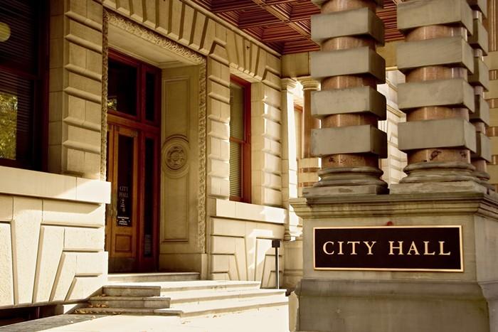 Portland_CIty__Hall.jpg