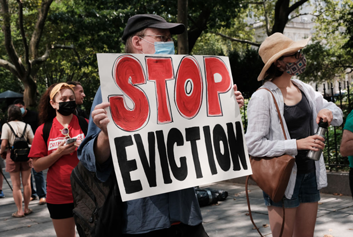 Supreme Court blocks national eviction moratorium, but dont get mad at them (this time).