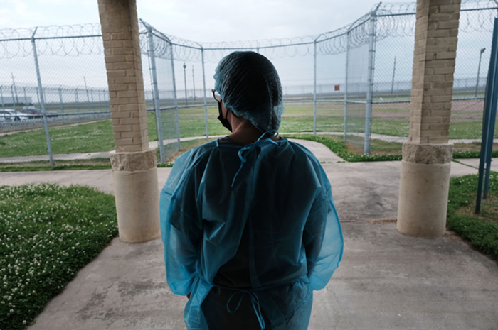Oregon gets an F grade for their response to the COVID pandemic in state prisons.
