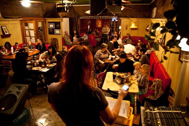 Lesbian clubs in portland oregon