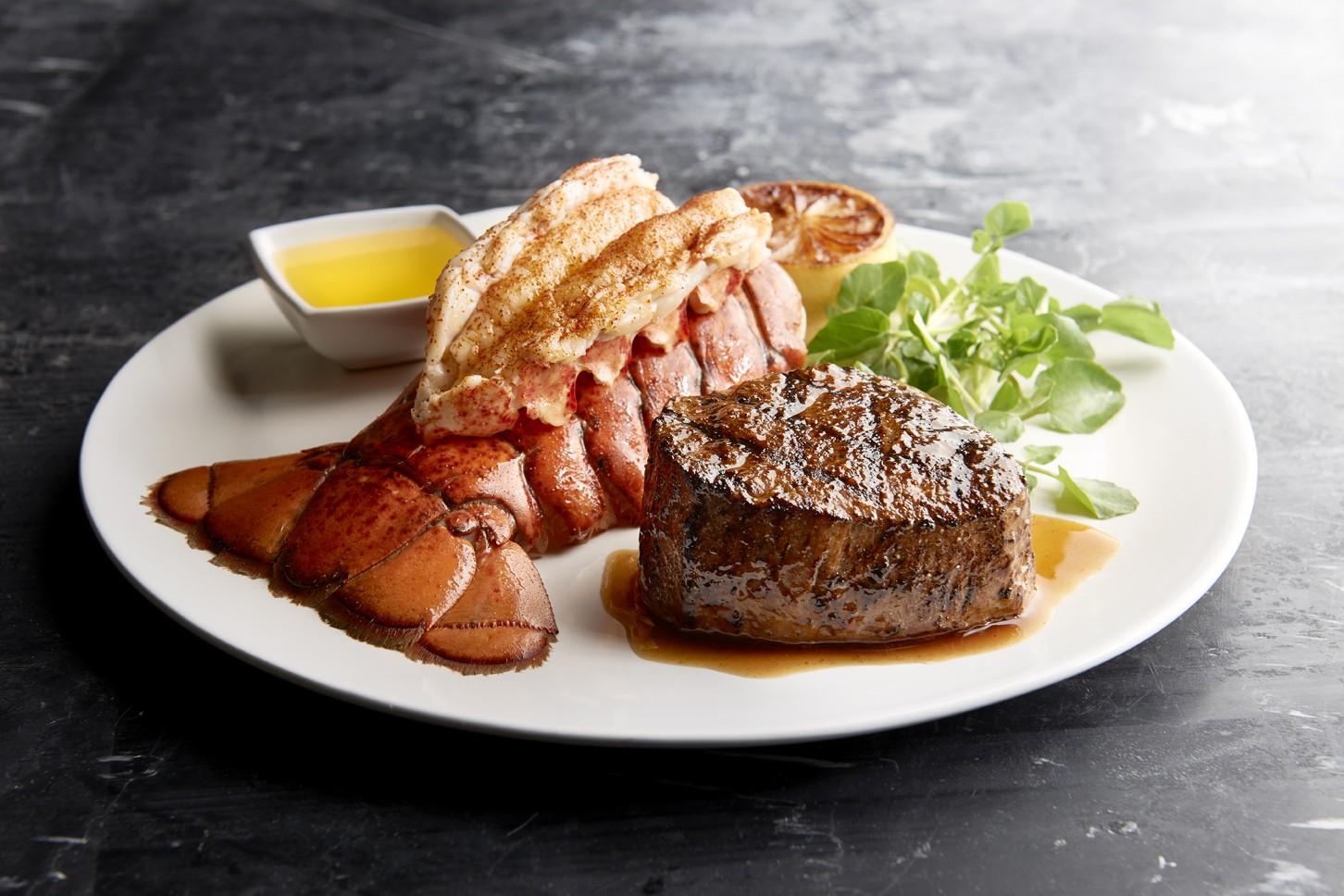 Morton's Valentine's Dinner at Morton's the Steakhouse in Portland, OR on Feb. 10-14 2017 ...