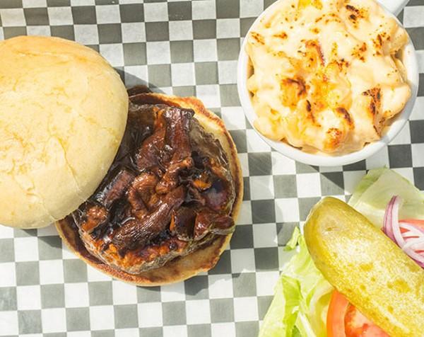 The kangaroo burger with mac & cheese. - MABEL SUEN