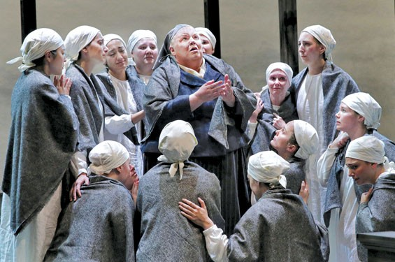 Christine Brewer (center) as Madame Lidoine with the nuns of Compiègne. - KEN HOWARD