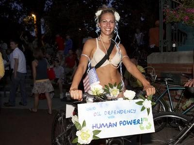st_louis_naked_bike_ride_8_2_08.2412505.36.jpg