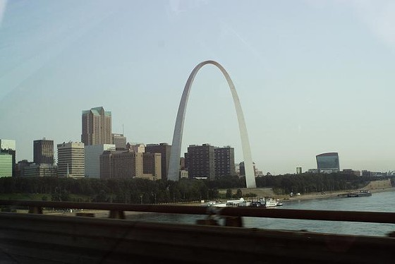 St. Louis: Coming and going, but mostly going. - TED_M8 VIA FLICKR
