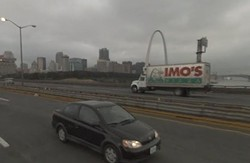 """Has anyone ever snapped a more quintessential photo of St. Louis, with the Arch and Imos? Oh, and the """"congested"""" Poplar Street Bridge? - GOOGLE STREET VIEW"""