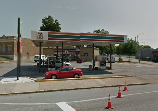 7-Eleven where the shooting took place. - VIAGOOGLE MAPS