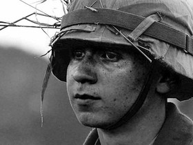 A young American soldier - HTTP://WWW.FLICKR.COM/PHOTOS/JDN/ / CC BY-SA 2.0