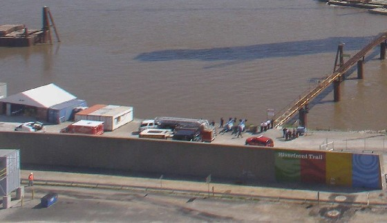 Fire crews on the MIssouri side of the river at 11:31 a.m.