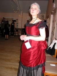 woman_in_red_dress_thumb_200x266.jpg