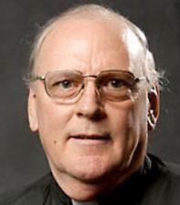 Father Eugene Klein - IMAGE VIA CHICAGO TRIBUNE