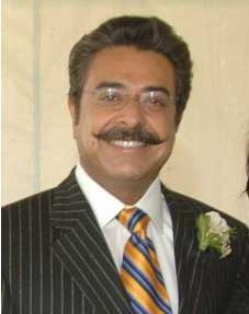 Khan he grow a mustache? Yes.