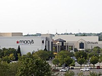 St. Louis Galleria - PHOTO: JENNIFER SILVERBERG