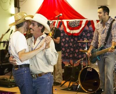 gateway_gay_rodeo_lake_st_louis_8_30_08.2501597.36.jpg