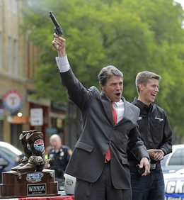 Was Rick Perry in St. Louis on New Year's? Sounded like it! - IMAGE VIA