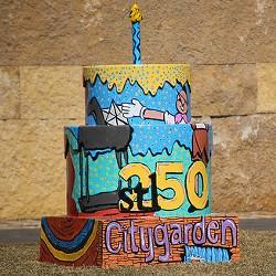 Citygarden's Cakeway to the West cake. - PAUL SABLEMAN ON FLICKR