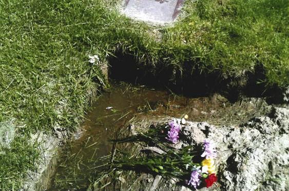 calvary_cemetery_2.jpg