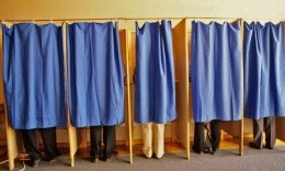 Yes you CAN get three hours off to vote - depending on your situation - IMAGE VIA