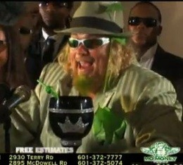 Memorable image from a Mo' Money Tax commercial - IMAGE VIA