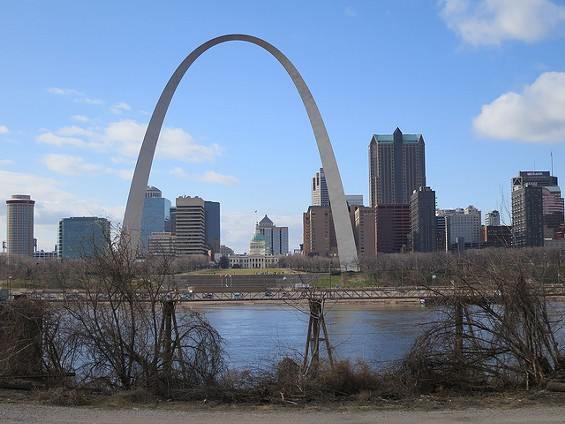 Illinois, you may want to stay on this side of the river. - PAUL SABLEMAN ON FLICKR