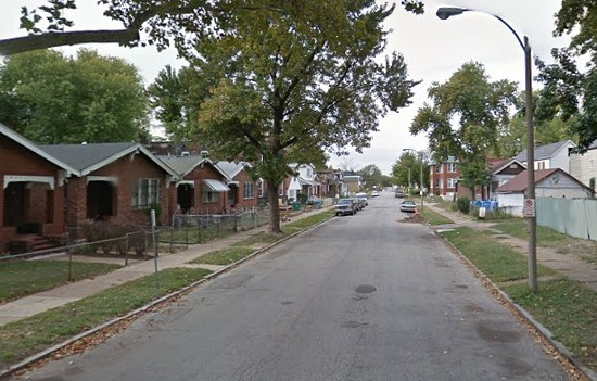 Linton Avenue where the victim was found. - VIA GOOGLE MAPS