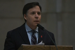 Bob Costas delivering his eulogy for Stan Musial. Footage below.