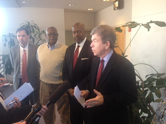 Roy Blunt, next to Dwayne Butler, CEO of People's Health Centers - SAM LEVIN