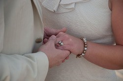 Hands_in_love_thumb_250x165.jpeg