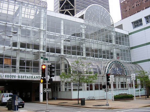 St. Louis Centre - HTTP://WWW.FLICKR.COM/PHOTOS/7119320@N05/ / CC BY-NC 2.0