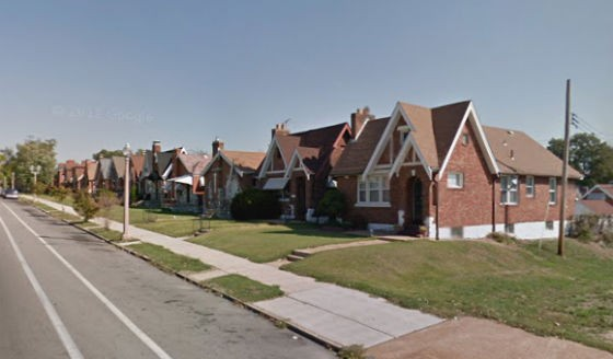Block where the shooting took place and the suspect was aprehended. - VIA GOOGLE MAPS
