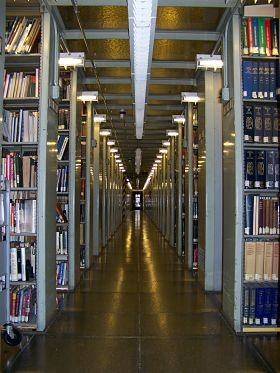 The Central Library stacks in 2009. - ST. LOUIS PUBLIC LIBRARY