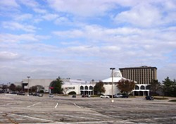 The now vacant Macy's at Northwest Plaza. - AUCTION.COM