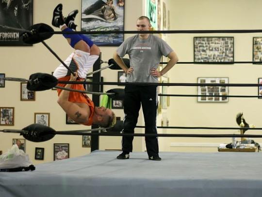 wrestle02.JPG