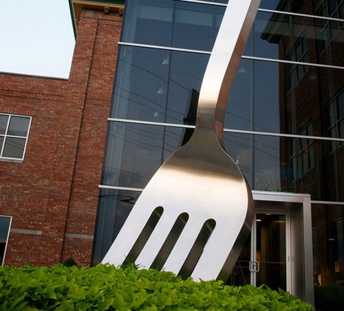 The world's largest fork - NOBLE COMMUNICATIONS