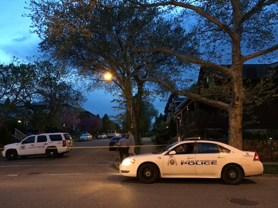 St. Louis Metropolitan Police investigate a shooting in Tower Grove South Saturday night. - LINDSAY TOLER