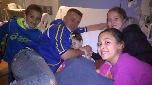 Ariana's family at the hospital before chemo made her lose her hair
