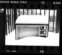 Your TV got snow? I'd like to know. Comment below. - FLICKR.COM/PHOTOS/89978611@N00