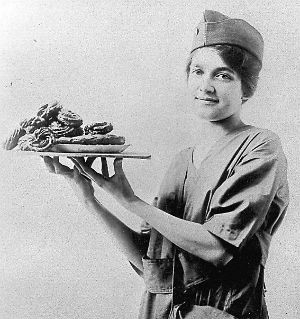 Doughnuts for the Dough Boys in WWI - SALVATION ARMY