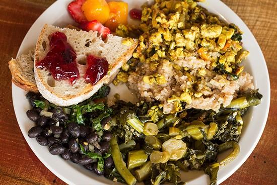 A colorful, vegan-friendly brunch plate.