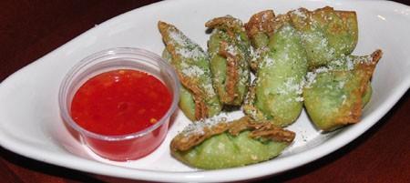 Spicy guacamole bites at Three Monkeys | Tara Mahadevan
