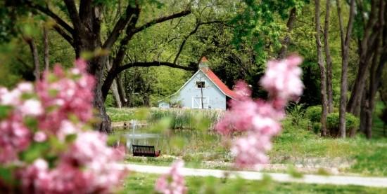 The historic barn on Overlook Farm's property in Clarksville. - OVERLOOK FARMS
