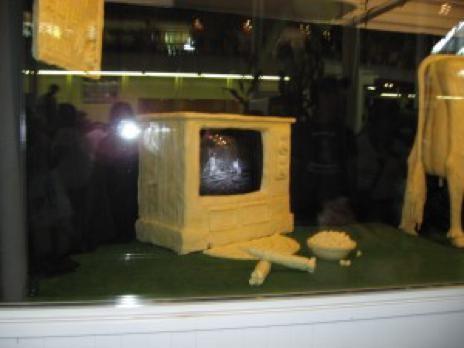 Really buttered popcorn. - DES MOINES REGISTER