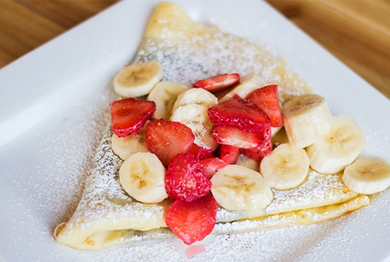 Rooster's Nutella crepe with strawberries and bananas. | Photos by Mabel Suen