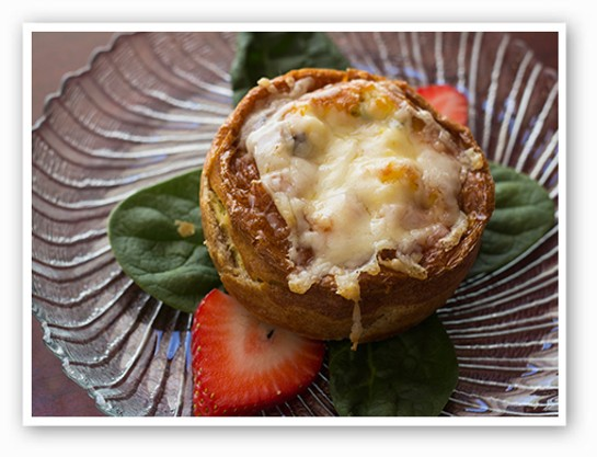 Fresh baked mini quiche | Mabel Suen