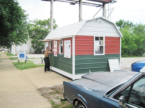 Murray's Shaved Ice on Watson Road in Lindenwood Park - DR. FREEZE