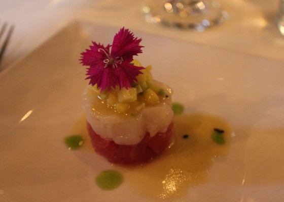 Hawaiian big-eye tuna and diver scallop crudo with mango avocado relish and Meyer lemon balsamic vinaigrette, which was paired with the 2013 Conundrum White. | Nancy Stiles