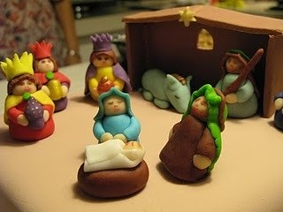 Little lord Jesus, laying down his super-sweet head. - PAULINE BAKES THE CAKE!