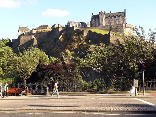 Edinburgh Castle - CHRISTIAN BICKEL, WIKIMEDIA COMMONS